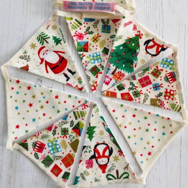 Christmas Fun with Gifts and Stars Mini Bunting (Price inc P&P)